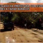 Amargosa: Descaso da prefeitura com estradas vicinais leva moradores a tapar buracos