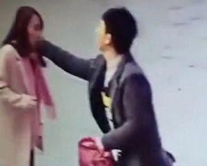 Chinês viaja 800 km para espancar mulher que avaliou mal sua loja virtual