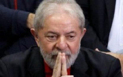 Homenagem a Lula aprovada pela AL-BA pode ser barrada pela Justiça